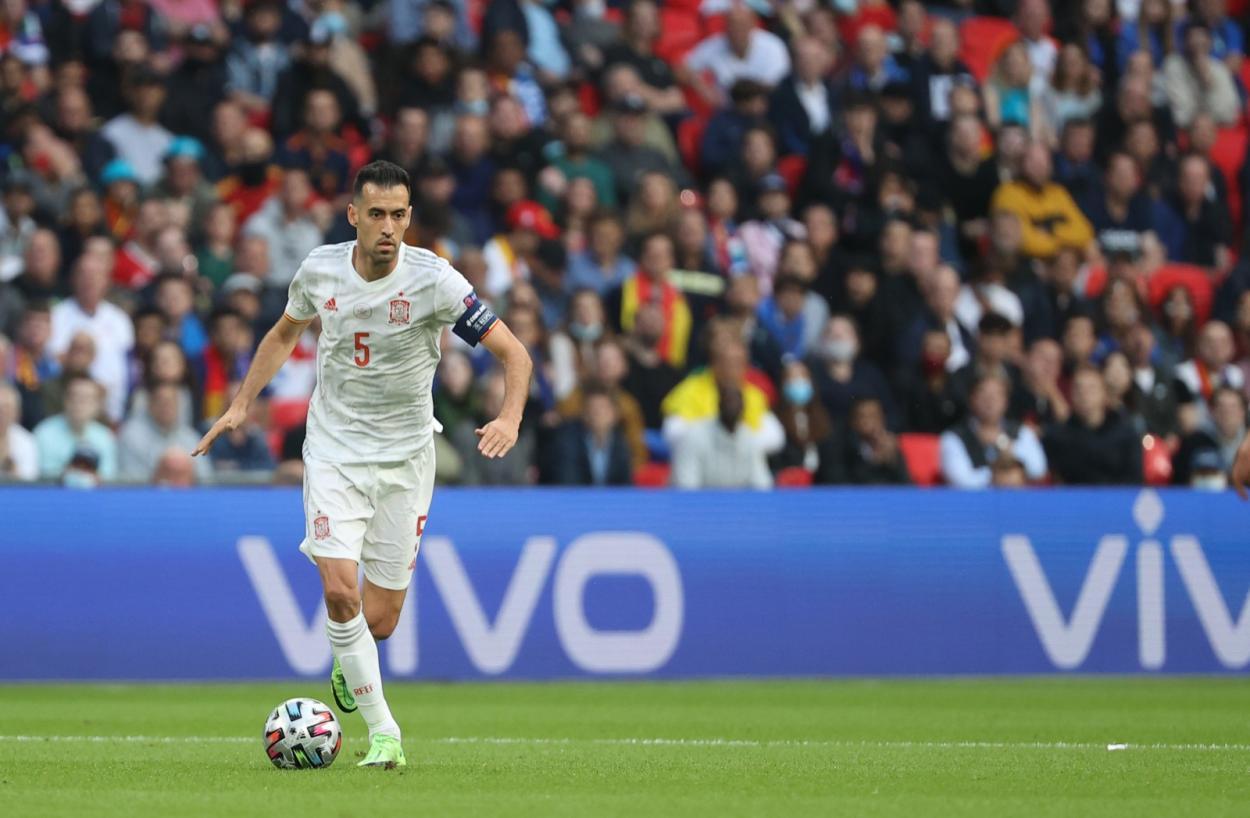 Busquets dominando el juego / FOTO: UEFA