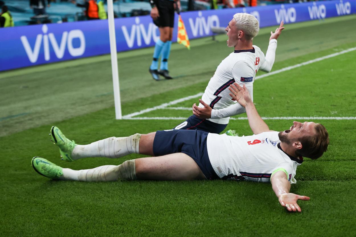 Kane y Foden estallan tras el 2-1 / FOTO: UEFA
