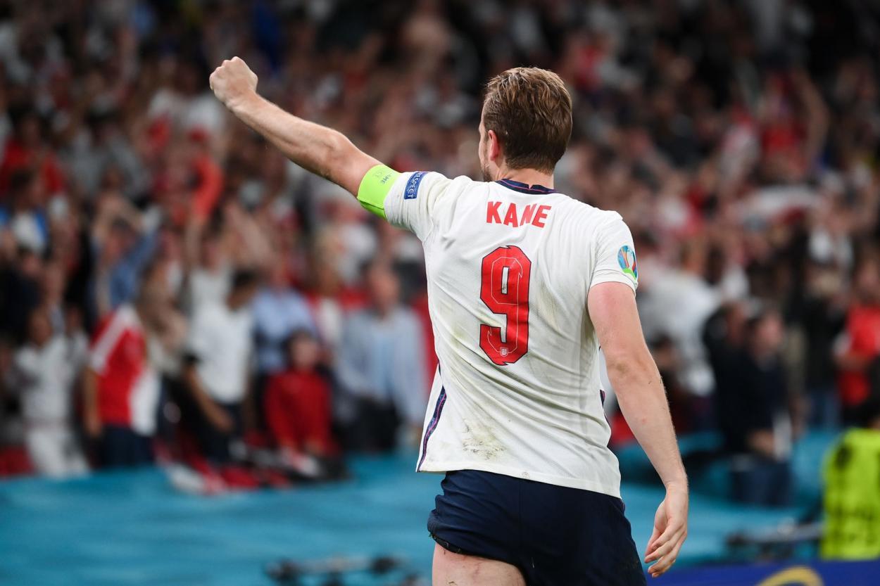 Kane celebra el 2-1 / FOTO: UEFA