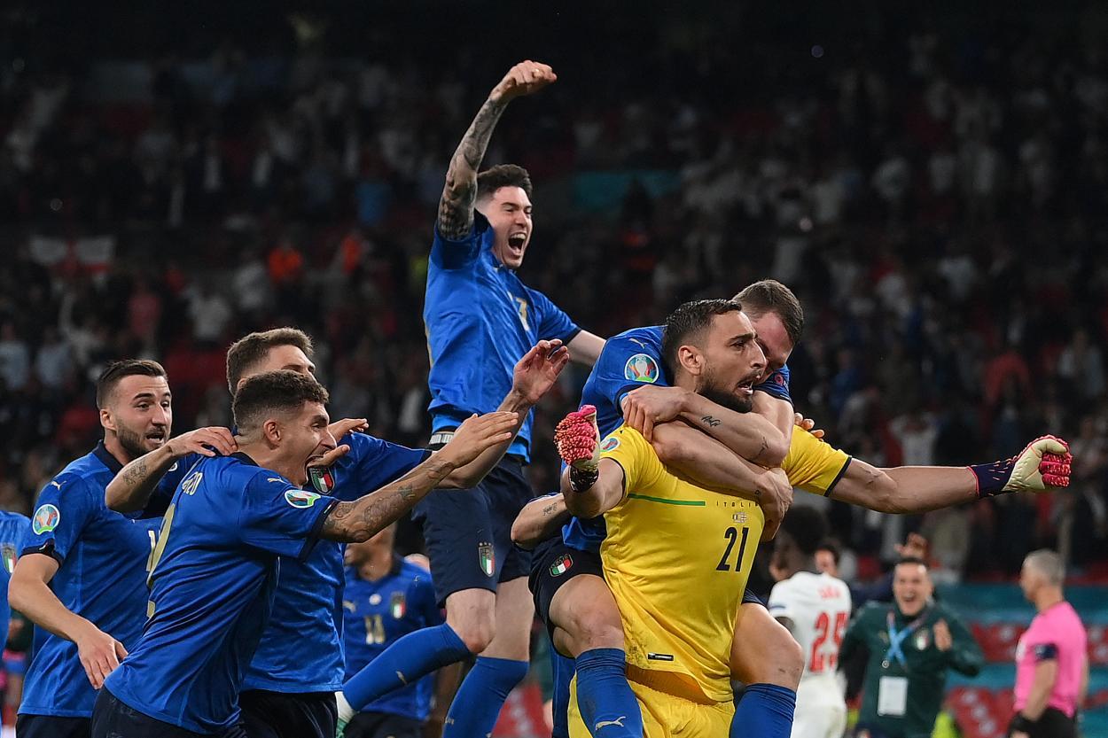 Italia festeja su título / FOTO: UEFA