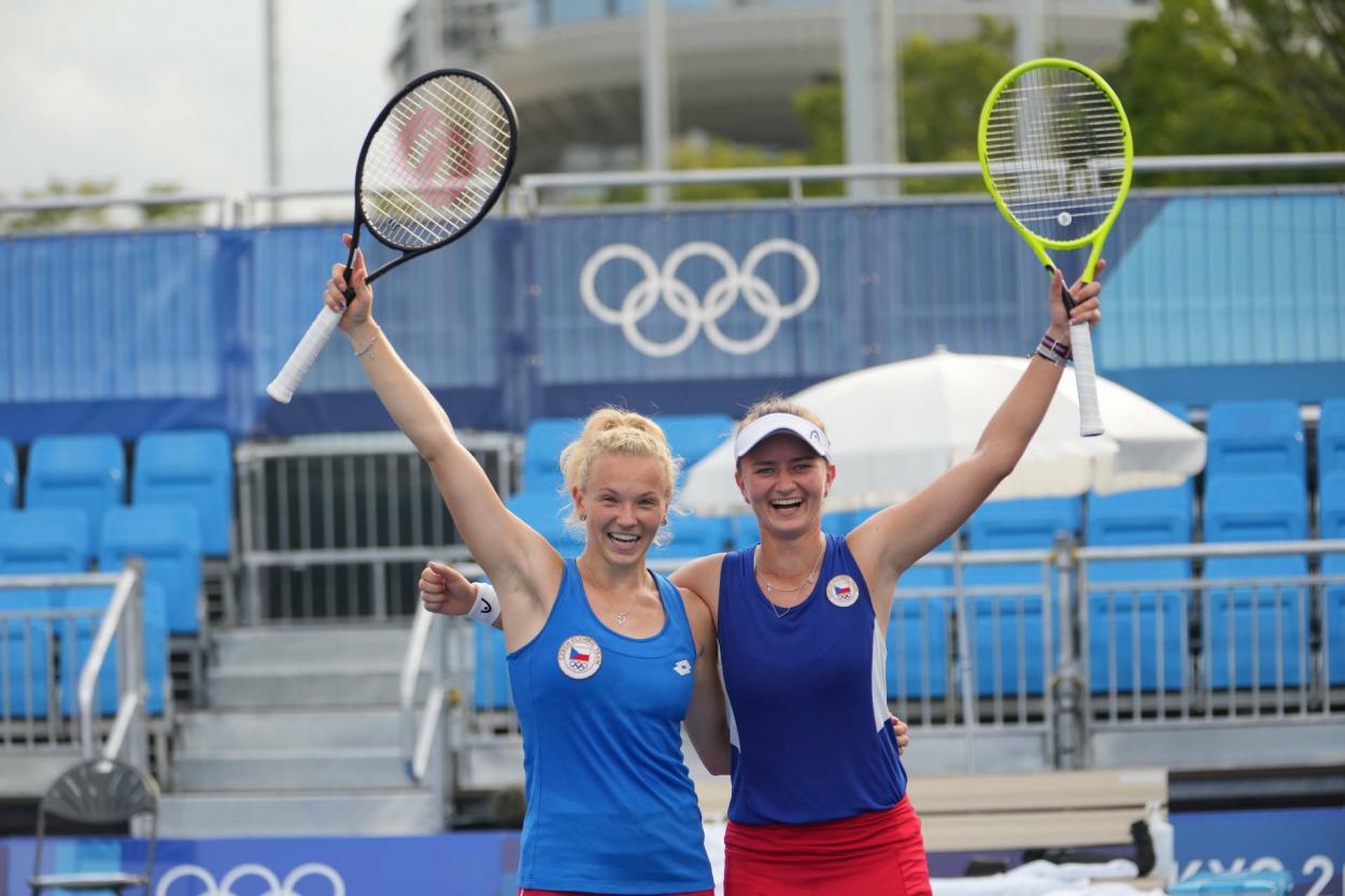 Katerina Siniakova y Barbora Krejcikova y Foto Kopatsch/Sato/Sidorjak