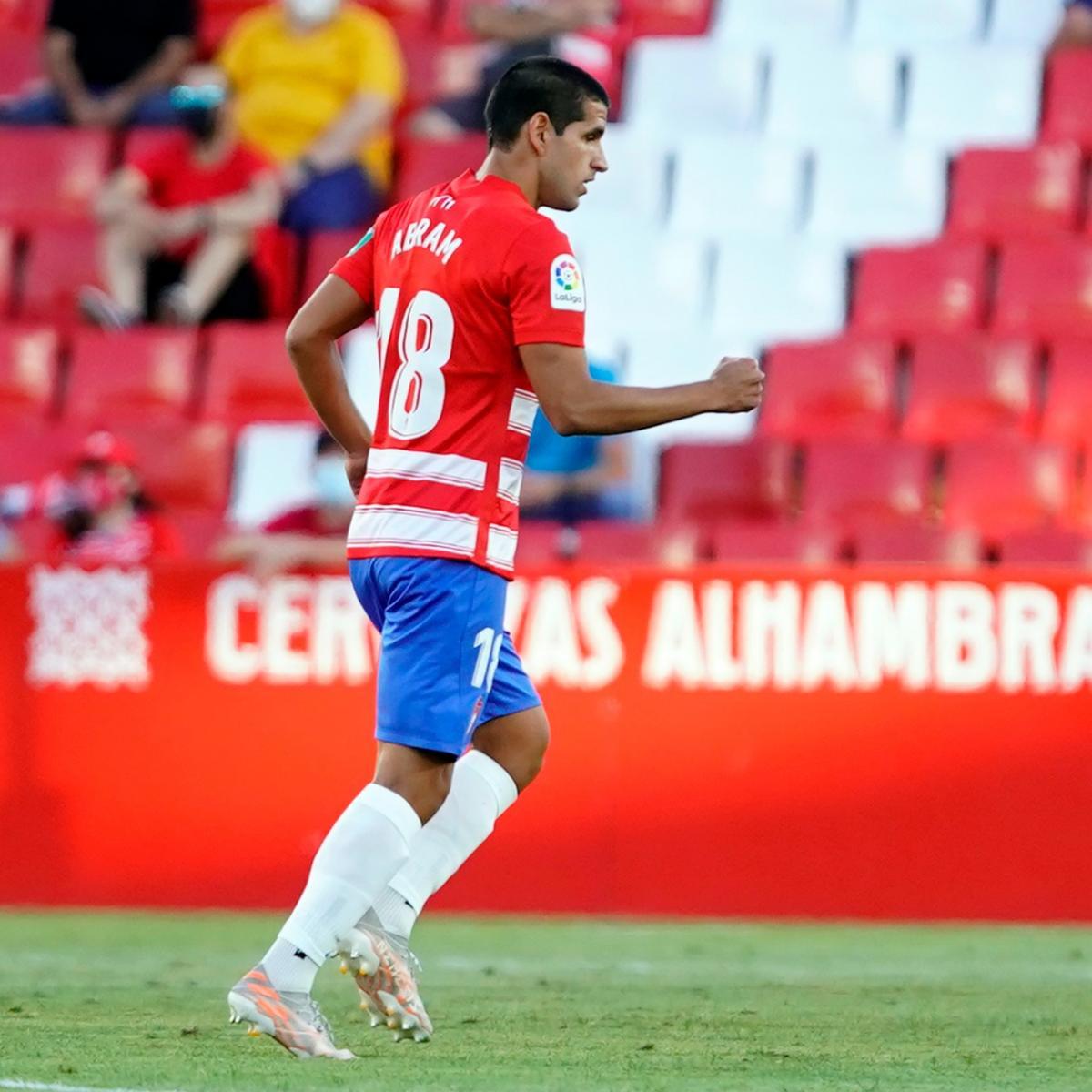 Luis Abram después de anotar el primer gol del partido / Fuente: Granada CF