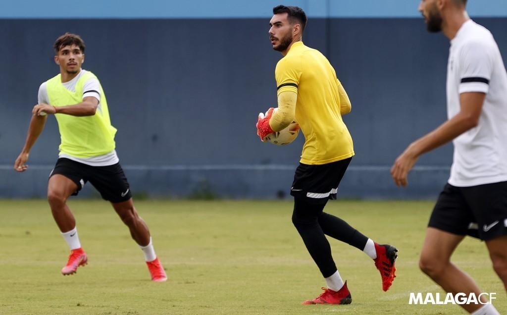 Dani Martín en un entrenamiento con el Málaga CF / Fuente: Málaga CF