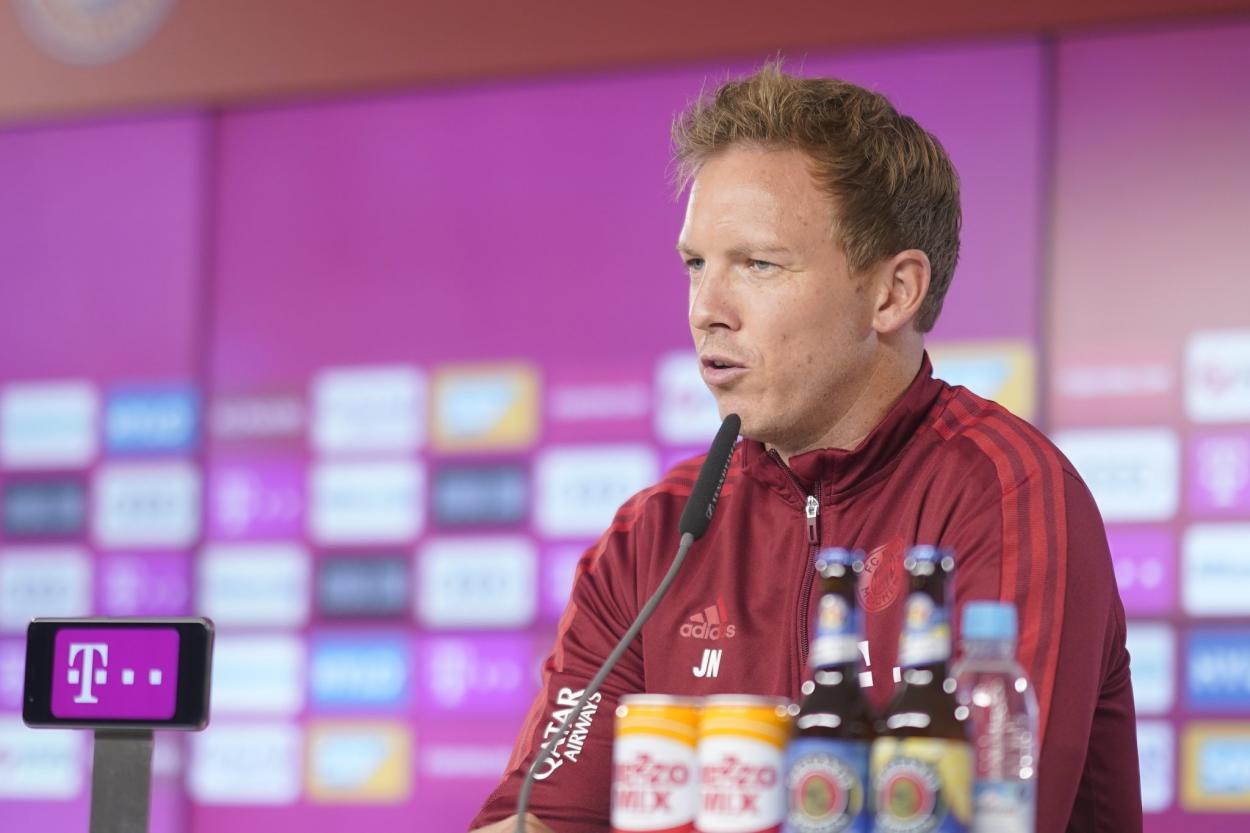 (Photo: Bayern)   Coach of Bayern