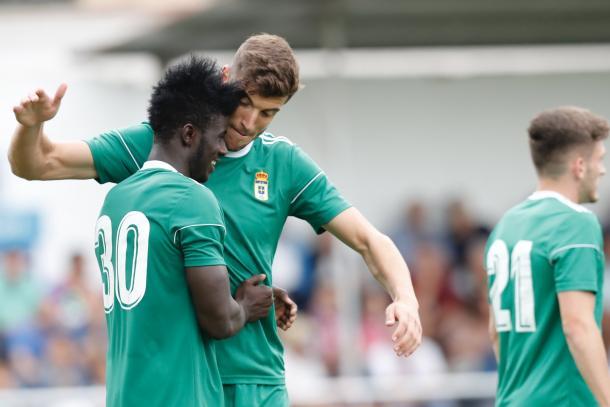 Obeng ya se ha estrenado como carbayón | Imagen: Real Oviedo