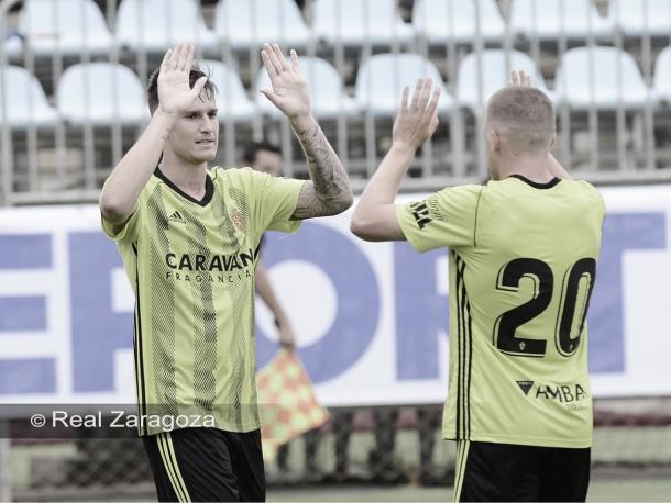 Pep Biel y Vigaray celebrando el segundo gol | Foto: Real Zaragoza