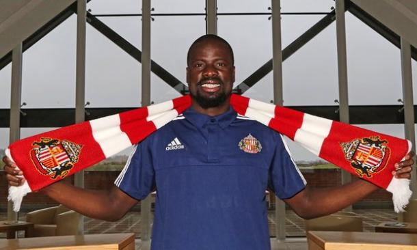 Eboue leaves Sunderland without playing a single game. | Source: Sunderland AFC