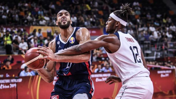 Gobert y Turner / Foto: @FIBAWC