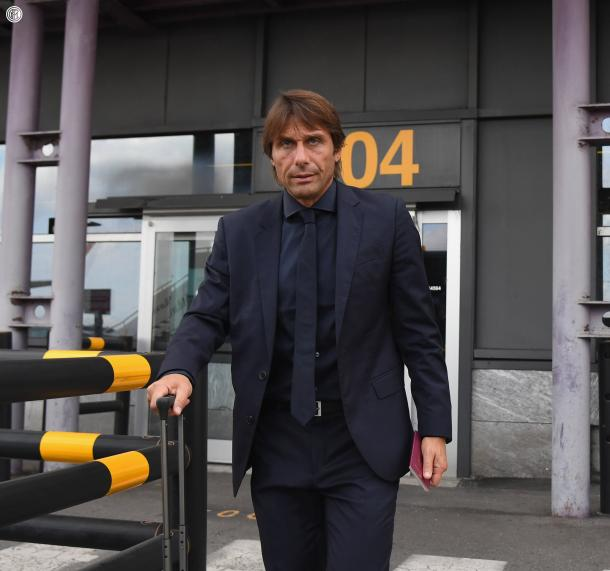 Antonio Conte arribando a Barcelona / Foto: @Inter