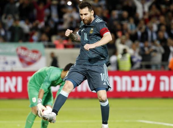 Messi celebraba el gol del empate ante Uruguay. Foto: Web,