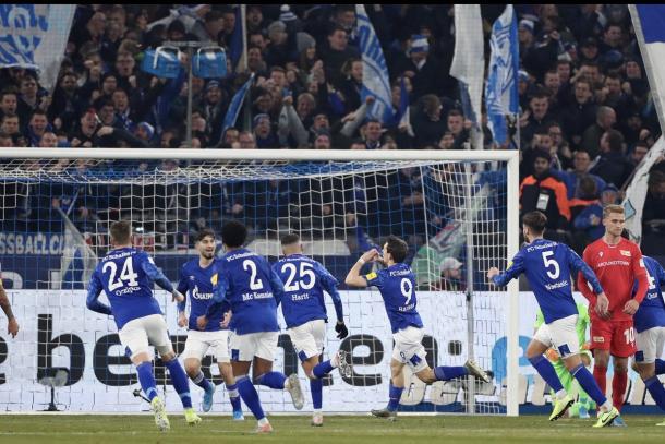 El gol que abrió el encuentro | Foto: FC Schalke 04