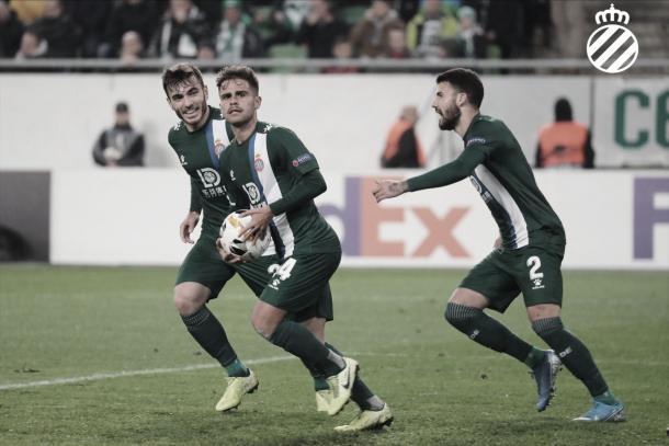 Melendo celebrando uno de sus goles en Europa League. Fuente: @RCDEspanyol