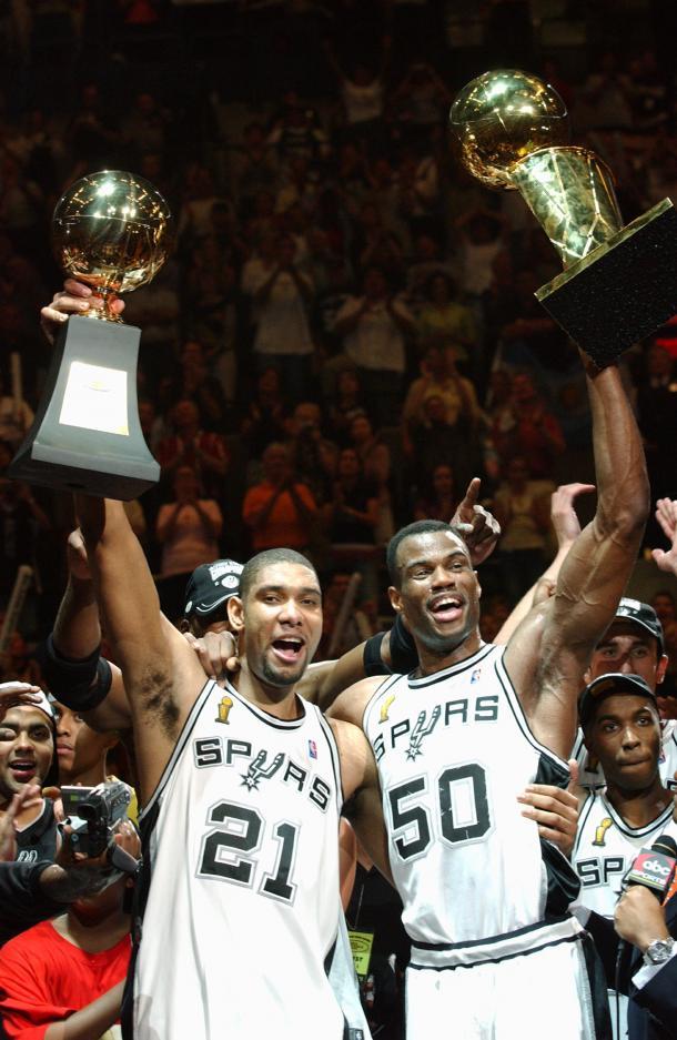 Duncan y Robinson celebrando el título. Fuente: Twitter