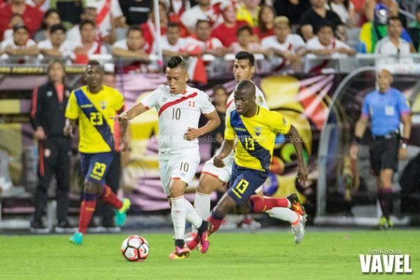Enner Valencia (right) can cause trouble for the United States defense if he is not kept in order | Freek Bouw - VAVEL USA