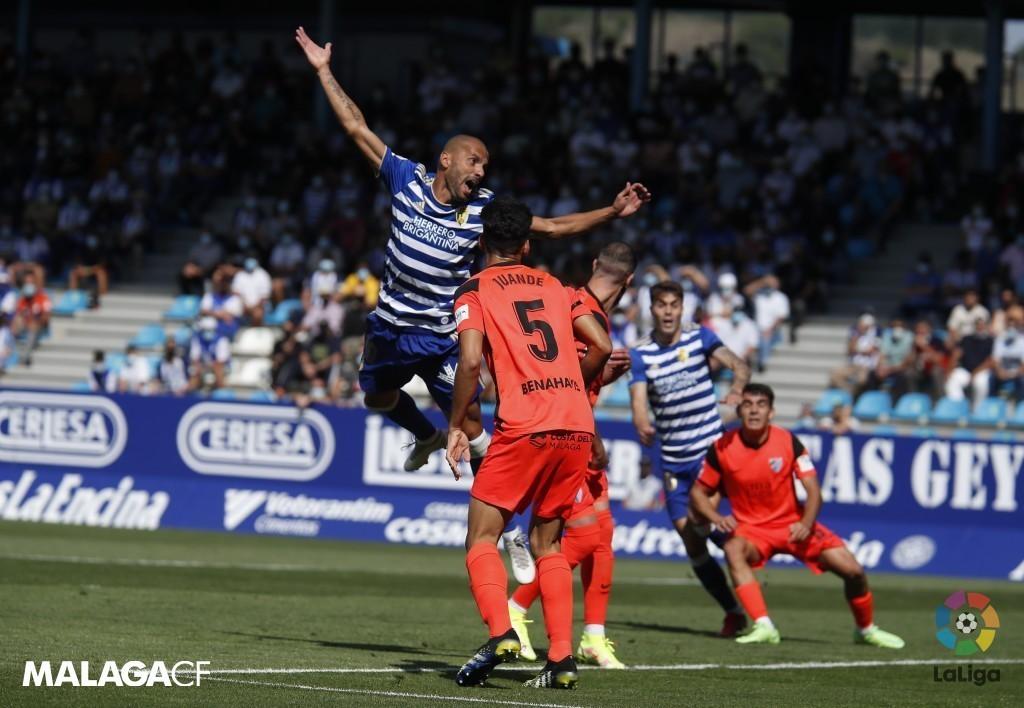 Imagen del último encuentro entre la Ponferradina y el Málaga / Fuente: Málaga CF
