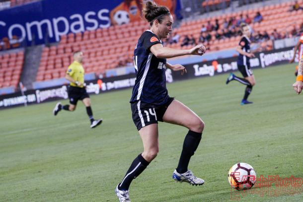 Jodie Taylor of the Seattle Reign l Photo: EArchPhoto