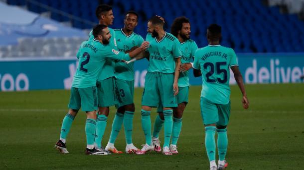 El Real Madrid celebrando el gol de Benzema ante la Real Sociedad  Fuente: Real Madrid CF