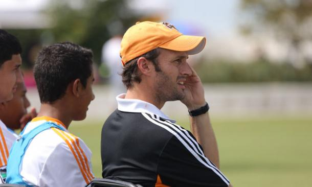 Eddie Robinson continues his role as an assistant coach | Source: houstondynamo.com