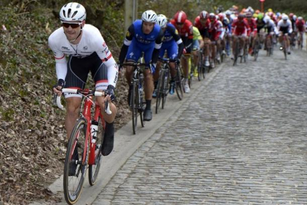 Edward Theuns fue tercero en la pasada Dwars Door Vlaanderen