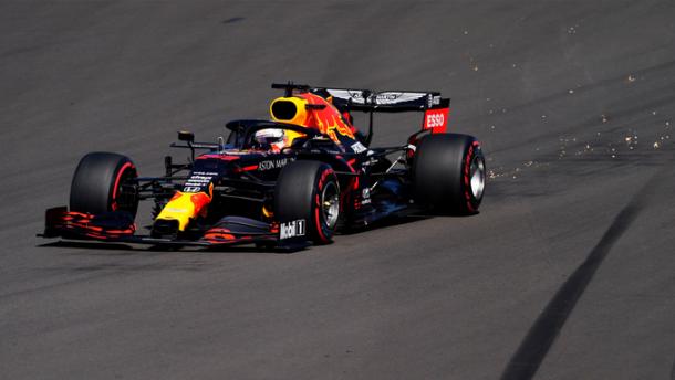 Max Verstappen probando los neumáticos blandos. Foto: F1