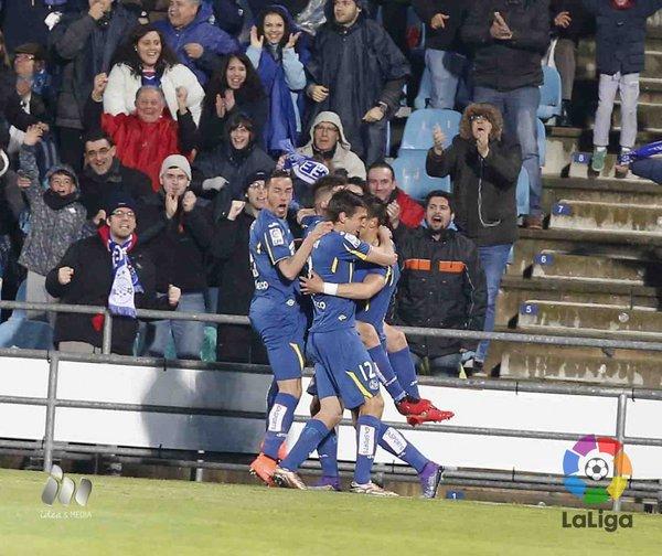 Los jugadores del Getafe celebran el gol de Velázquez | Foto: LaLiga
