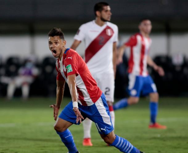 Ángel Romero tuvo un excelente impacto en el partido. Foto: @Albirroja