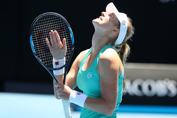 Makarova threw away a 2-6, 0-4 30-40 lead only to lose the second set | Photo: Scott Barbour/Getty Images AsiaPac