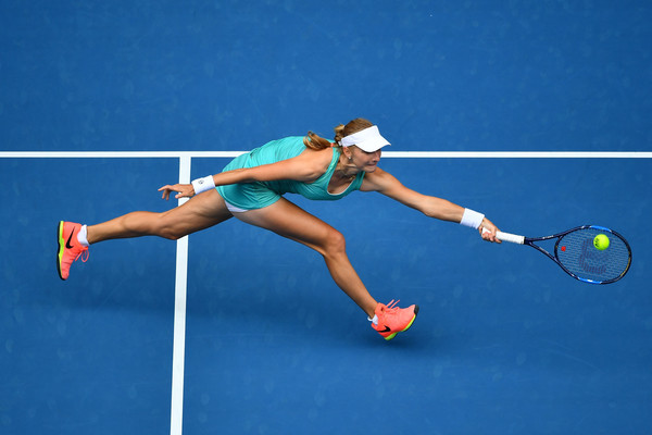 Ekaterina Makarova reaches out for a shot earlier in January | Photo: Quinn Rooney/Getty Images AsiaPac