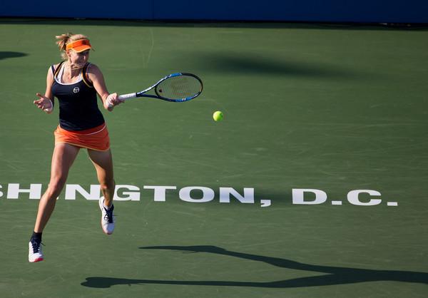 Ekaterina Makarova in action   Photo: Tasos Katopodis/Getty Images North America