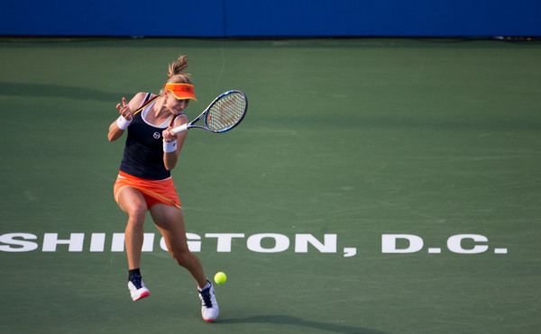 Ekaterina Makarova in action during the final | Photo: Tasos Katopodis/Getty Images North America