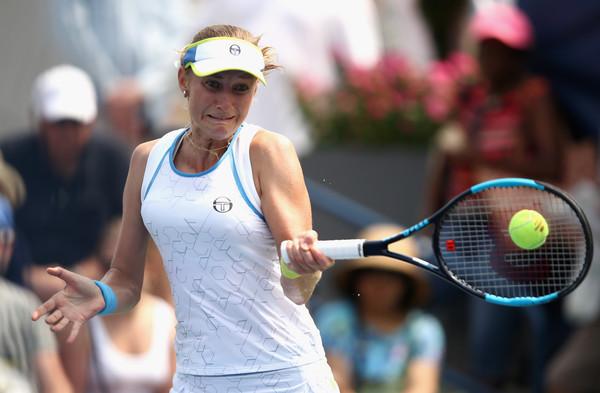 Ekaterina Makarova was too impressive; firing 20 winners in the match | Photo: Julian Finney/Getty Images North America