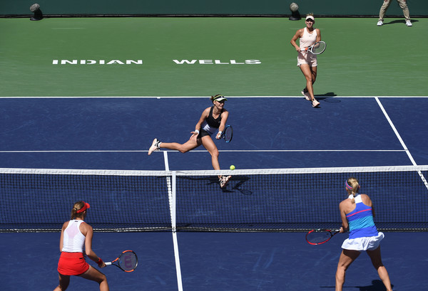 Makarova's volleys today were crucial in the outcome of the match as her net play was top-notch today | Photo: Kevork Djansezian/Getty Images North America