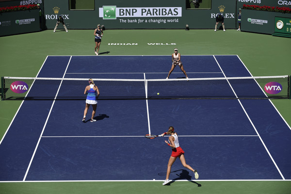All four players on the court today are currently or previously ranked in the Top 10 of the doubles ranking, and owns at least one Grand Slam title to their name | Photo: Kevork Djansezian/Getty Images North America