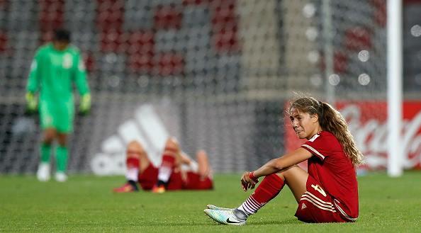 Desolación de las jugadoras españolas tras perder con Japón. / Foto: Getty Images