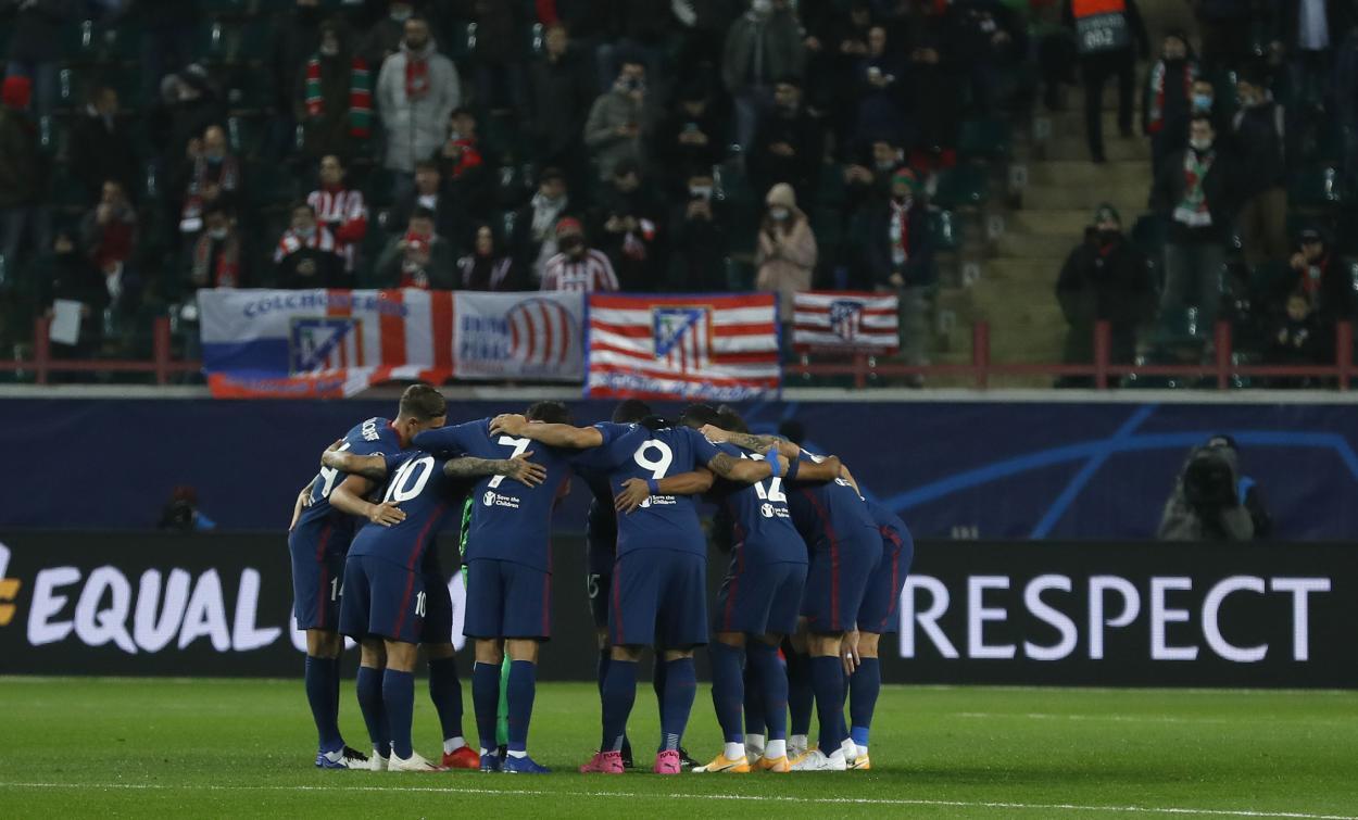 Inicio del partido frente al Lokomotiv de Moscú / Twitter: Atlético de Madrid