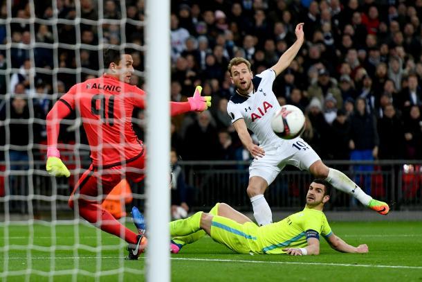 Kane no tuvo su noche. Foto: UEFA