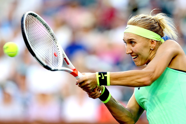 Elena Vesnina in action at the BNP Paribas Open | Photo: Matthew Stockman/Getty Images North America