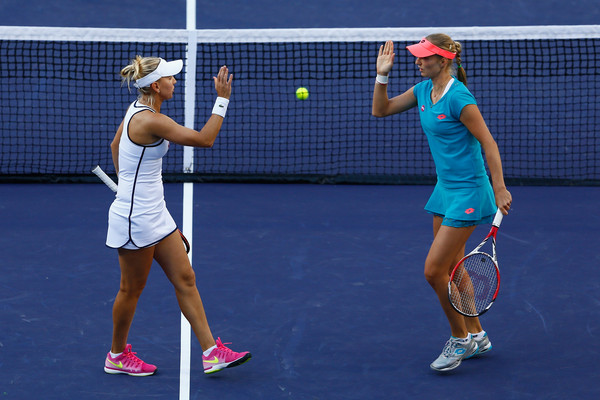 Vesnina and Makarova at the BNP Paribas Open in 2015 | Photo: Julian Finney/Getty Images North America
