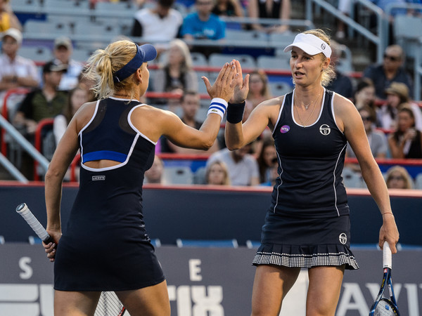 Ekaterina Makarova and Elena Vesnina in action at last year's Rogers Cup | Photo: Minas Panagiotakis/Getty Images North America