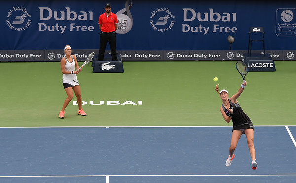 Ekaterina Makarova and Elena Vesnina in action at the Dubai Duty-Free Tennis Championships | Photo: Tom Dulat/Getty Images Europe