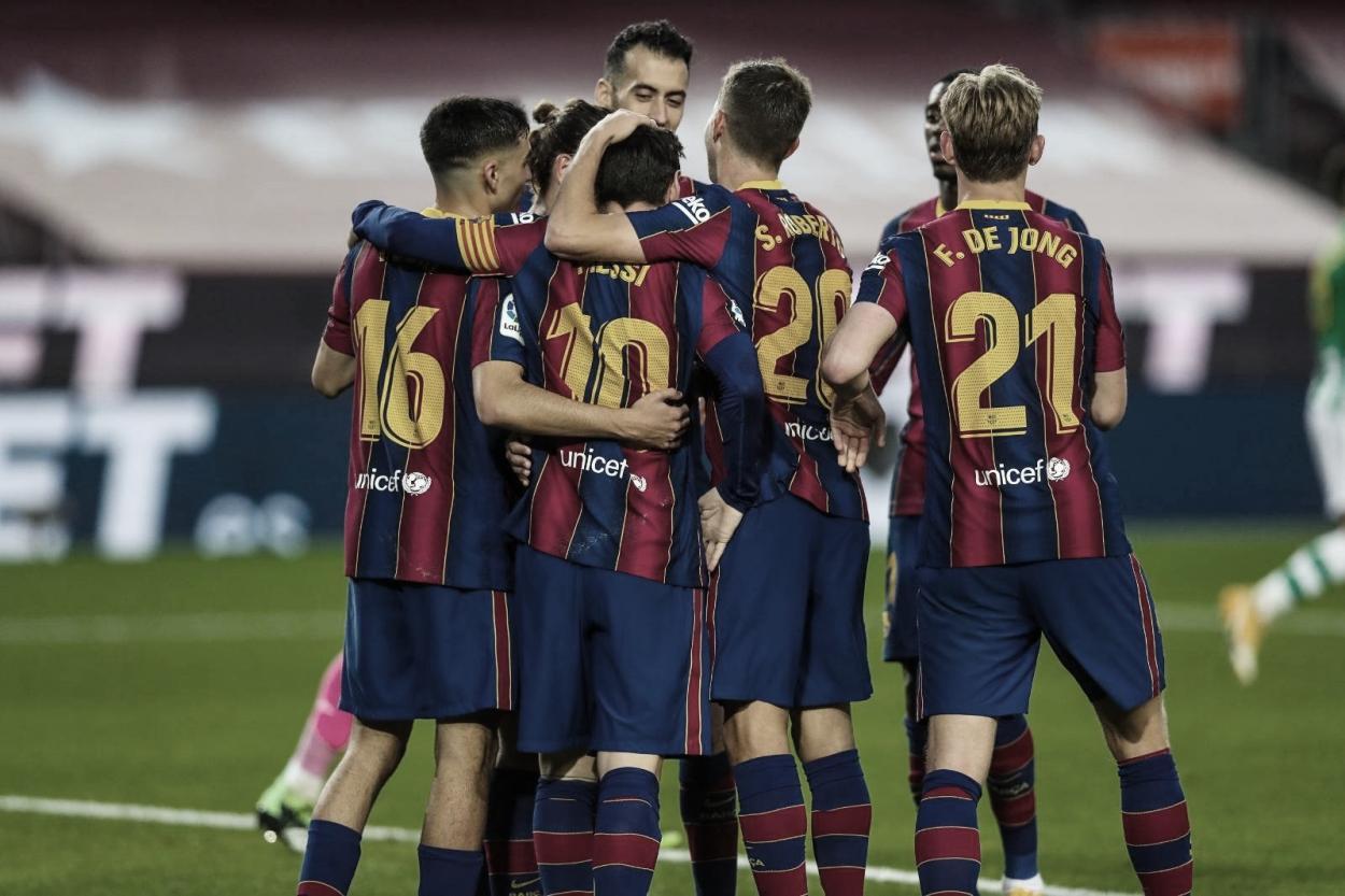 Celebración luego de la victoria frente al Real Betis Balompié. / Twitter: FC Barcelona