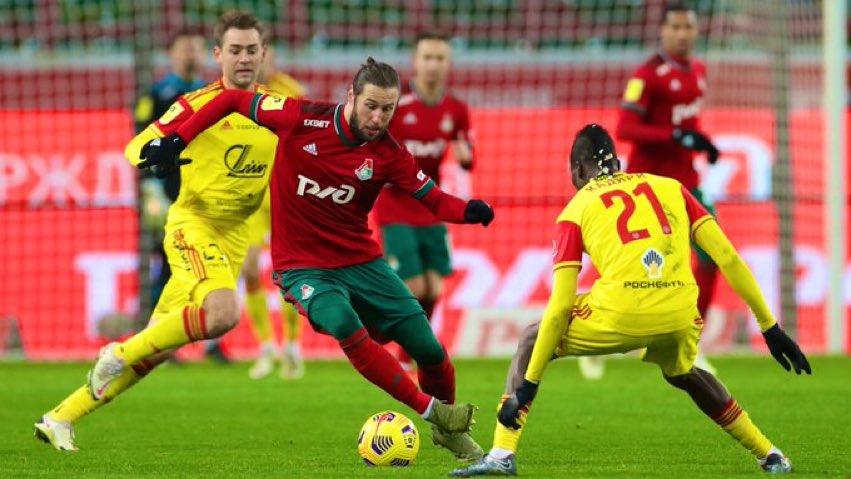 Krychowiak en una acción del juego en el último enfrentamiento liguero del equipo ruso.