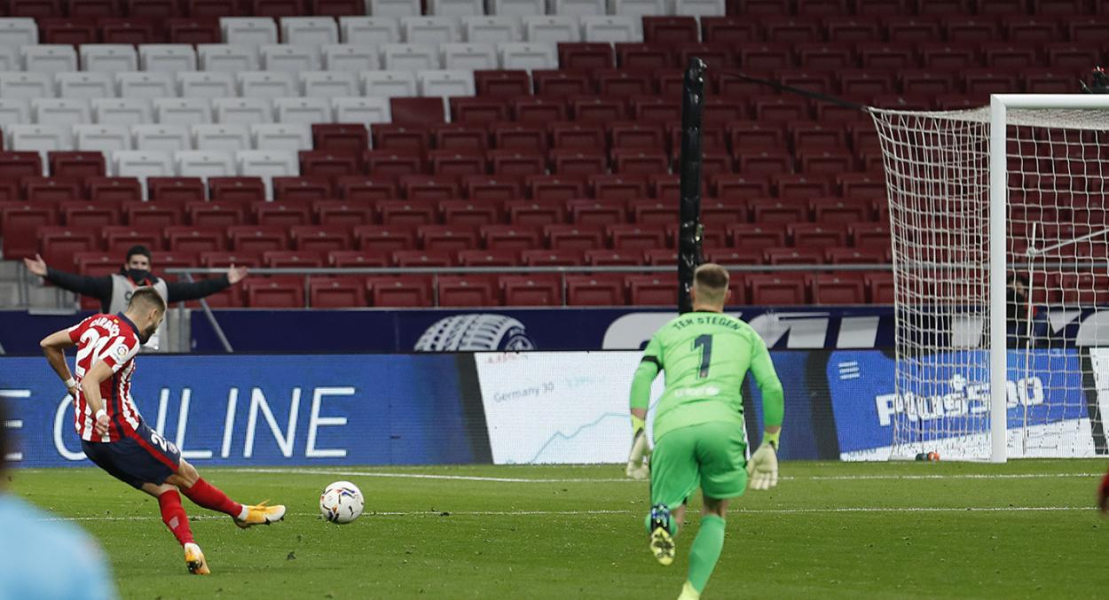 Yannick Ferreira Carrasco anotando el gol de la victoria frente al FC Barcelona. / Twitter: Atlético de Madrid oficial
