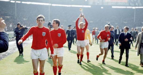 Vuelta Olímpica al estadio de Wembley, tras la victoria de Inglaterra sobre Alemania en 1966