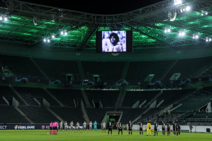 Diego Maradona homenajeado en todos los partidos del día | Foto: @ChampionsLeague