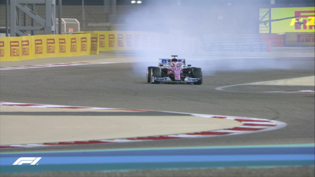 El motor de Pérez se rompe a pocas vueltas del final. Fuente: F1