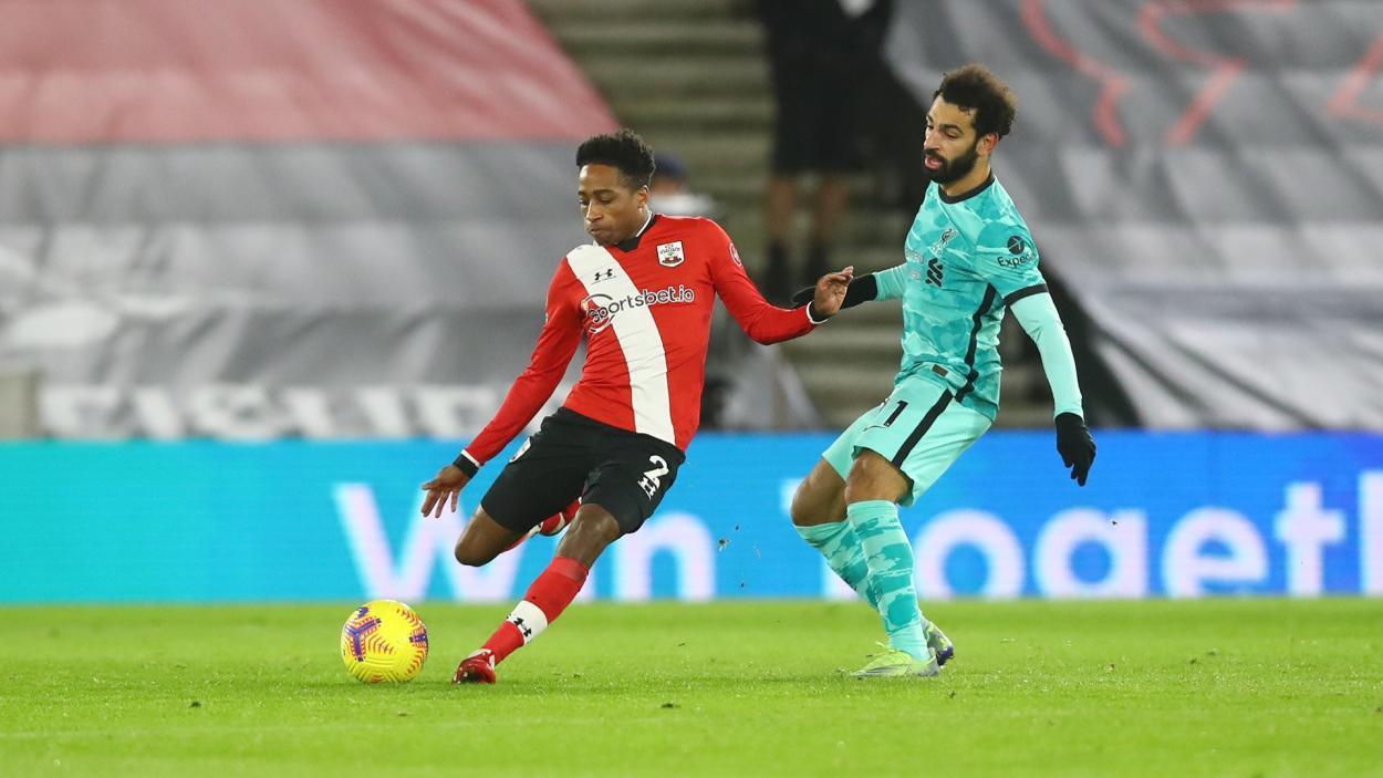 Walker-Peters con Salah / FOTO: Southampton FC