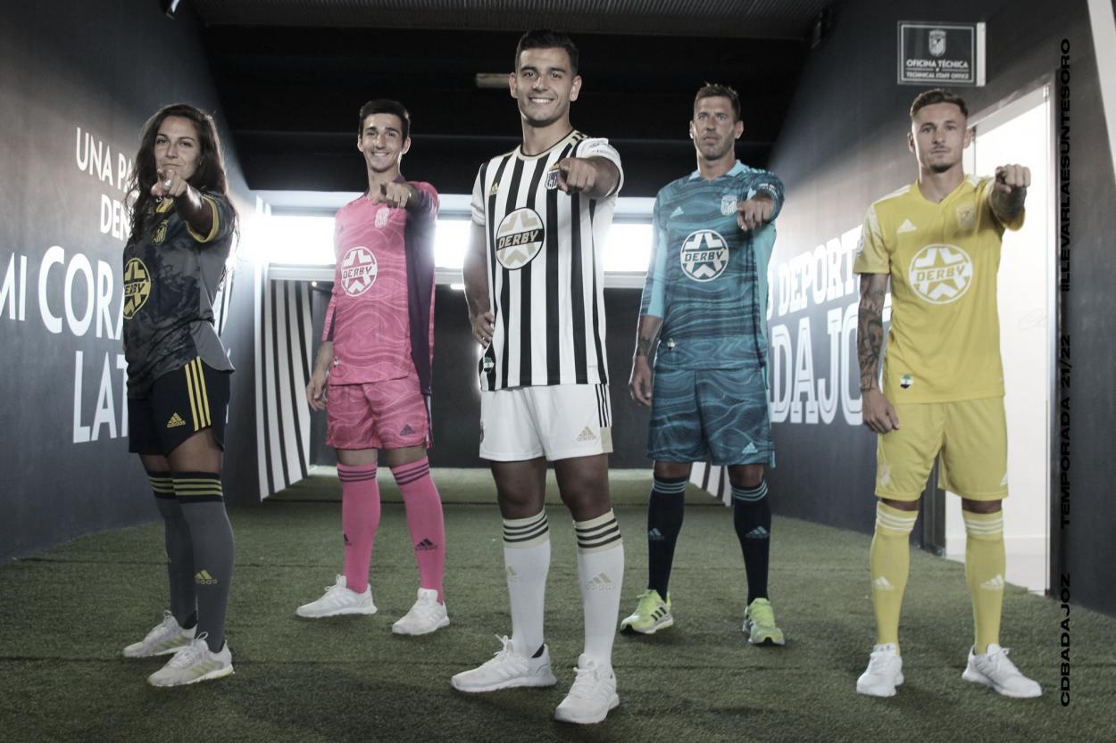 Nueva equipación del CD Badajoz para la temporada 2021-2022// Foto: CD Badajoz