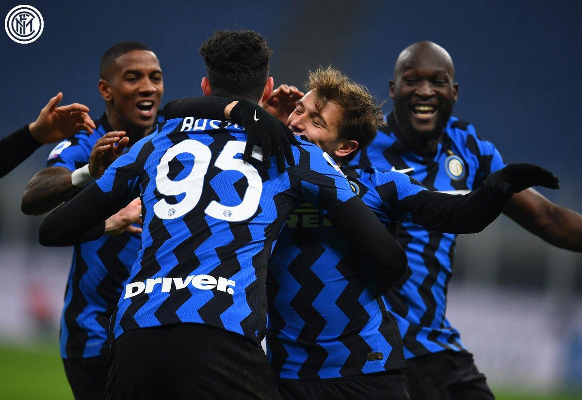 La celebración del golazo de Barella / Foto: Inter