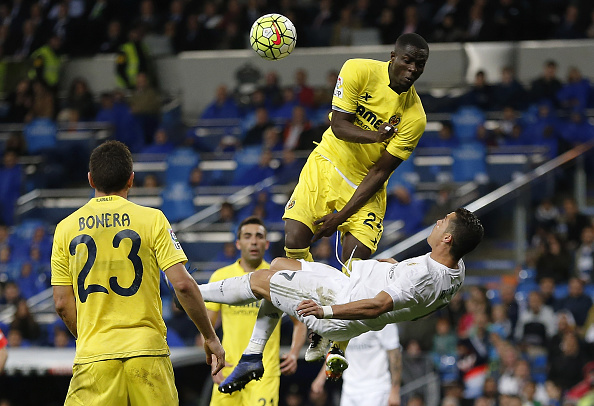 Bailly in action for Villarreal against Cristiano Ronaldo in La Liga | Photo: Angel Martinez/Real Madrid CF